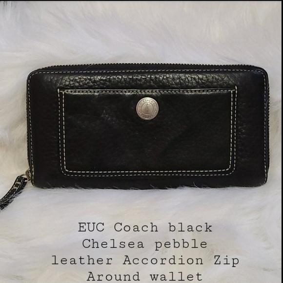 EUC Coach Chelsea  Accordion Zip Around wallet